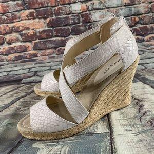 Nine West Nevayeho Espadrille Wedge Shoes size 6